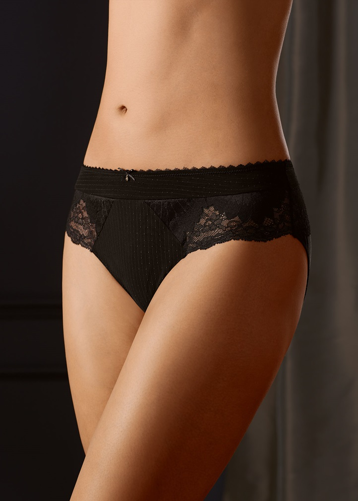 AURELIE Brief