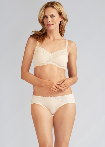 Amoena_lilly_ivory_bra_brief_Knicker_Locker.jpg