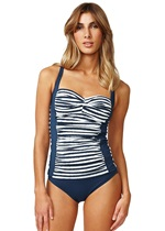 BRUSH OFF Twist Tankini Top
