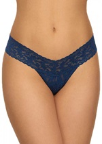 SIGNATURE LACE Low Rise Thong - Oxford Blue