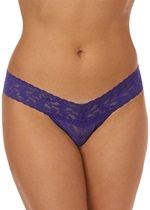 Hanky Panky Signature Lace Violet Low Rise Thong