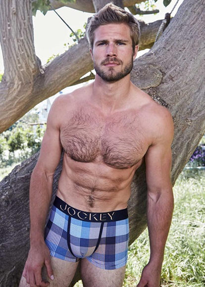 Jockey_183061H_B39_boxer_short_checked_deep_night_model_knicker_locker.jpg