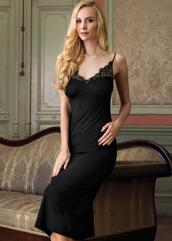 VANILLA Long Nightdress - Black