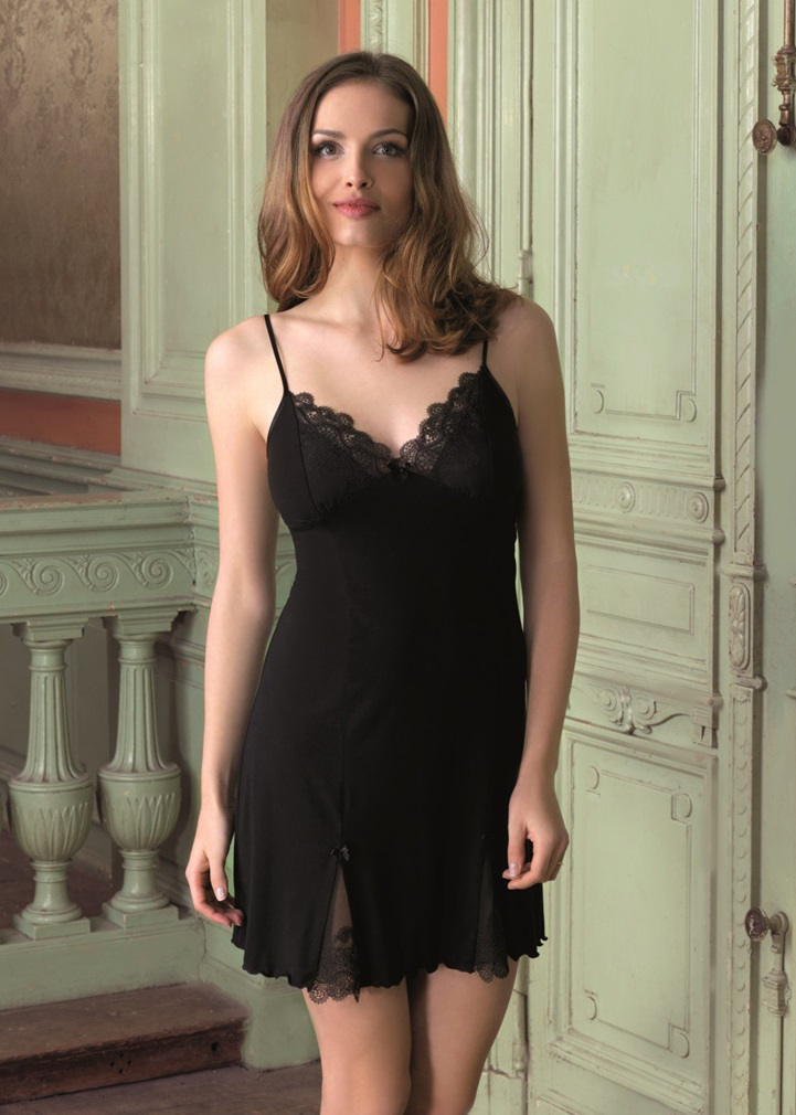 VANILLA Nightdress - Black
