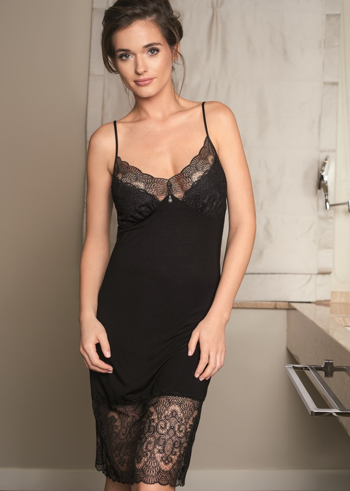 VANILLA Black Nightdress