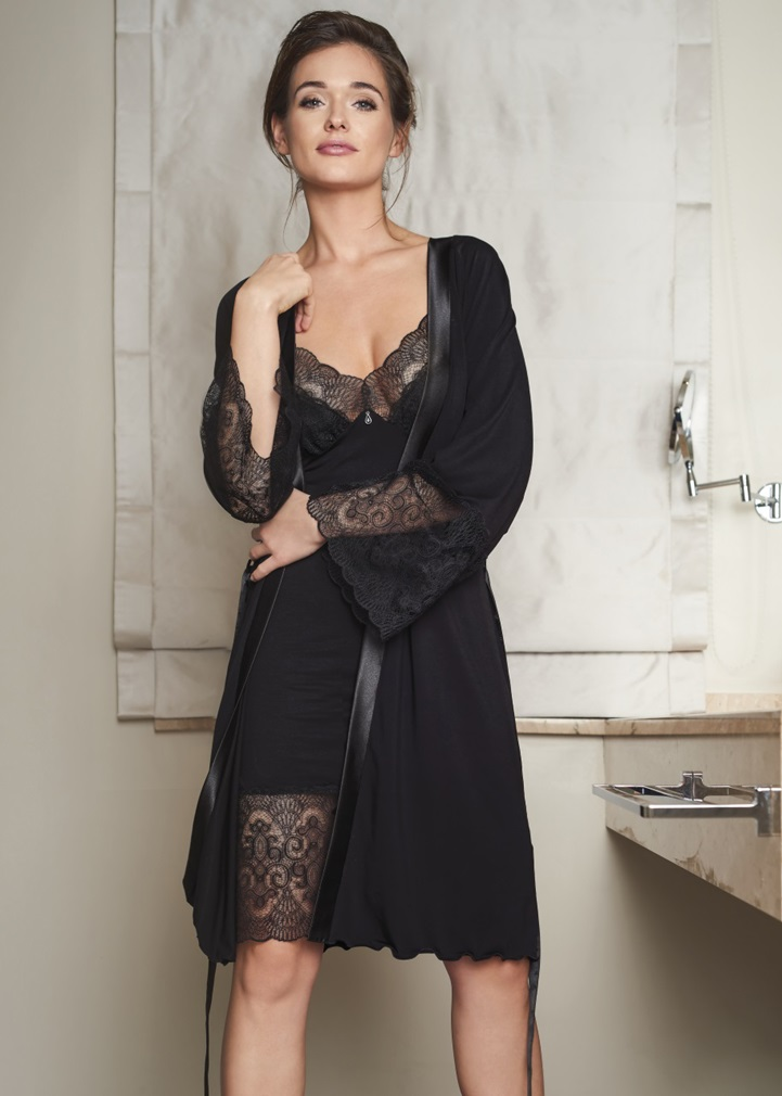 VANILLA Black Dressing Gown