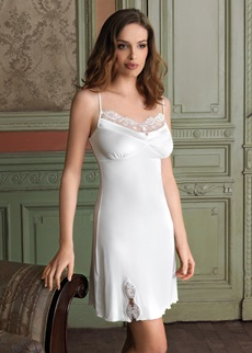 Vanilla Night & Day Ivory Nightdress